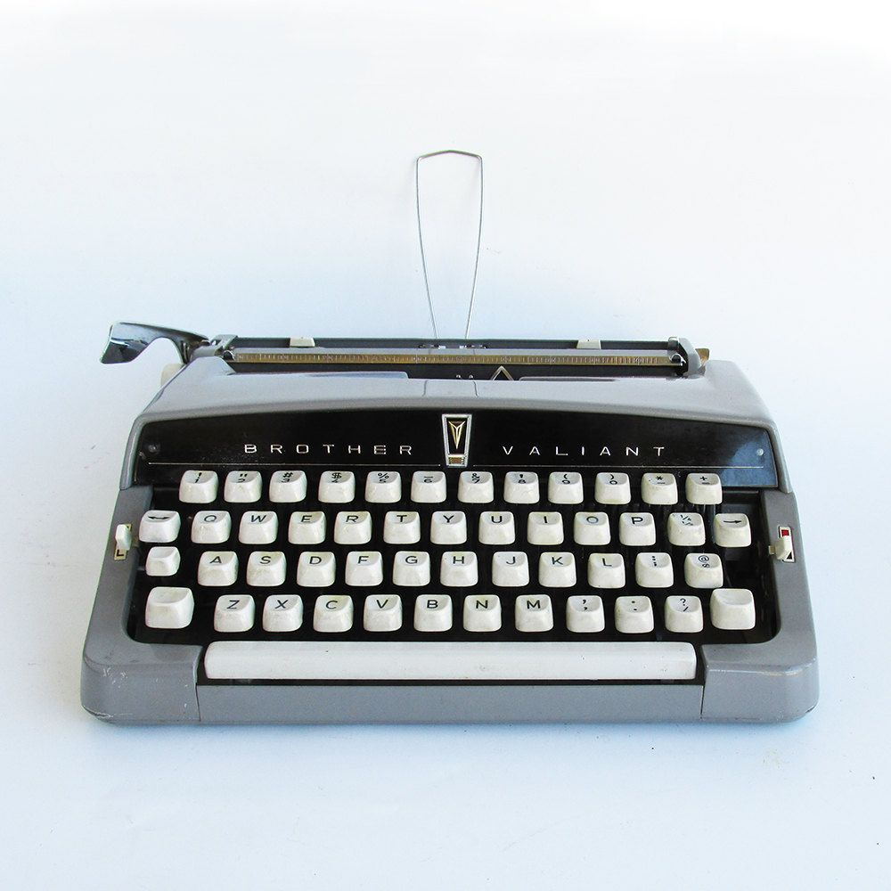compact manual typewriter